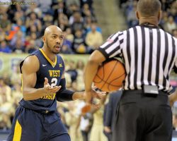 Carter, Miles Seal Victory, But WVU Flat Without Starting Backcourt