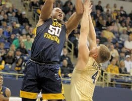 Photo Gallery I: West Virginia Mountaineers – Pitt Panthers – WVU on