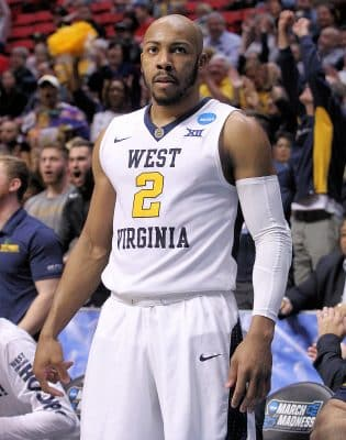 14d2821c5 Memphis Grizzlies Sign Jevon Carter To Multi-Year Contract – WVU ...