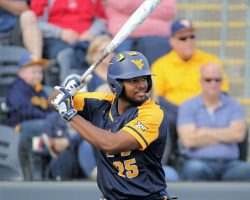 Big Performances From Strowd, Inman Push WVU To Win