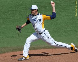 Delays Don't Faze WVU; Mountaineers Complete Doubleheader Sweep of Kansas