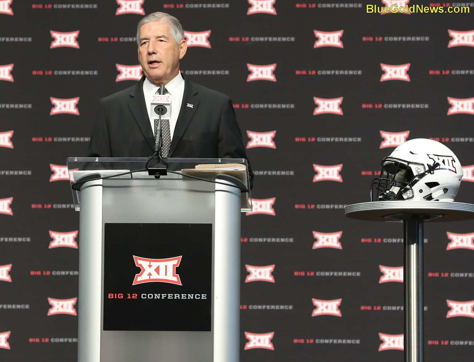 Big 12 OK with 'Horns Down' in moderation