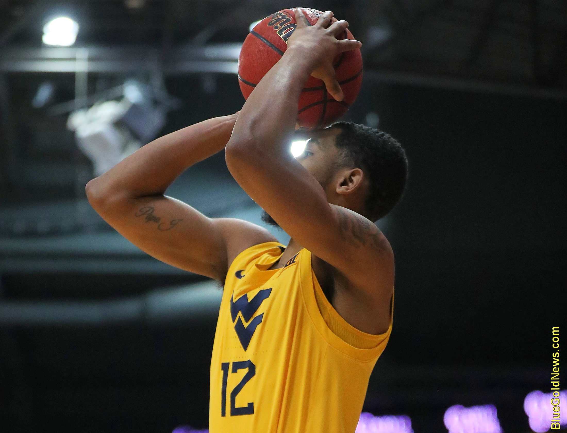West Virginia guard Taz Sherman releases a 3-pointer
